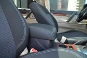 Фото 3 - Чехлы MW Brothers Mitsubishi Pajero Vagon 4 (2006-н.д.), серая нить