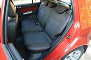 Фото 2 - Чехлы MW Brothers Hyundai Getz (2002-2011), темные + красная нить
