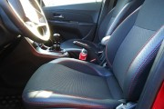 Фото 2 - Чехлы MW Brothers Chevrolet Cruze sedan (2008-н.д.), красная нить