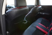 Фото 7 - Чехлы MW Brothers Nissan Juke (2011-н.д.), красные вставки + красная нить
