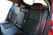 Фото 6 - Чехлы MW Brothers Mazda 3 III (2013-н.д.) красные вставки + красная нить